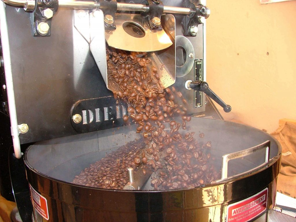 دستگاه رست دادن قهوه