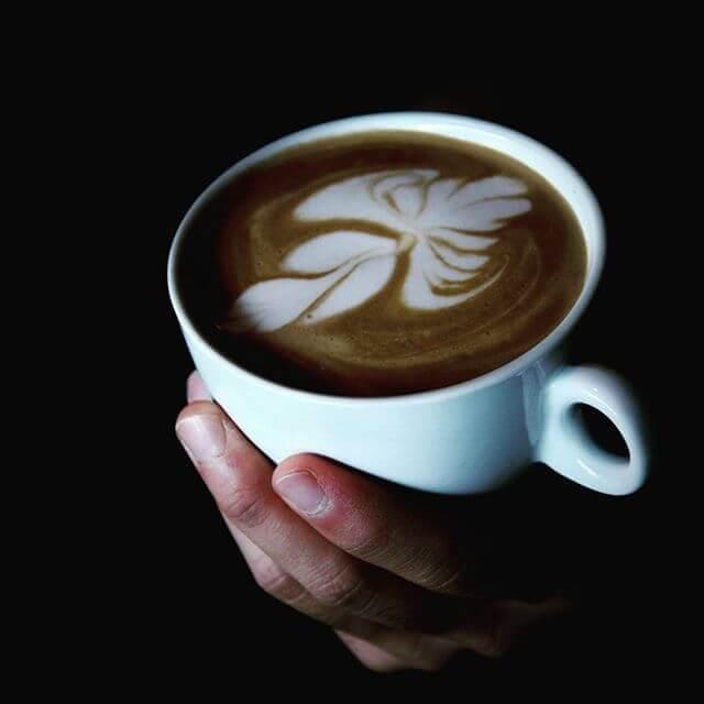 یک فنجان لاته آرت