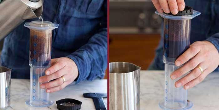آب را داخل آئروپرس بریزید و فیلتر آن را ببندید
