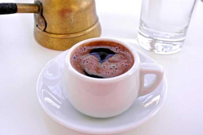 تفاوت فنجان قهوه یونانی و ترک