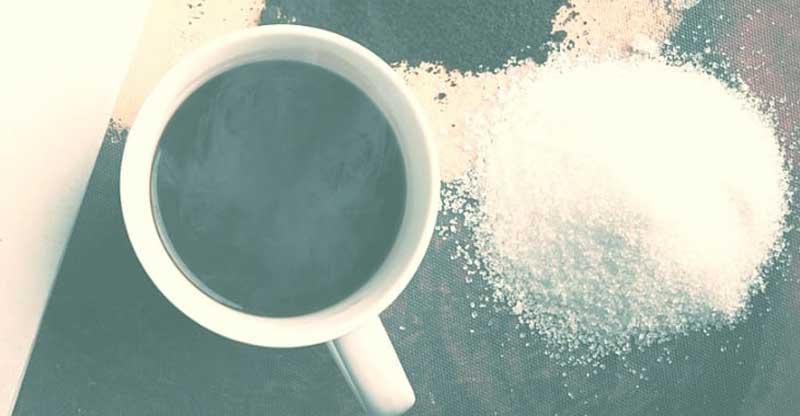 رعایت میزان مناسب نمک برای جلوگیری از شور شدن قهوه شما دارای اهمیت است.
