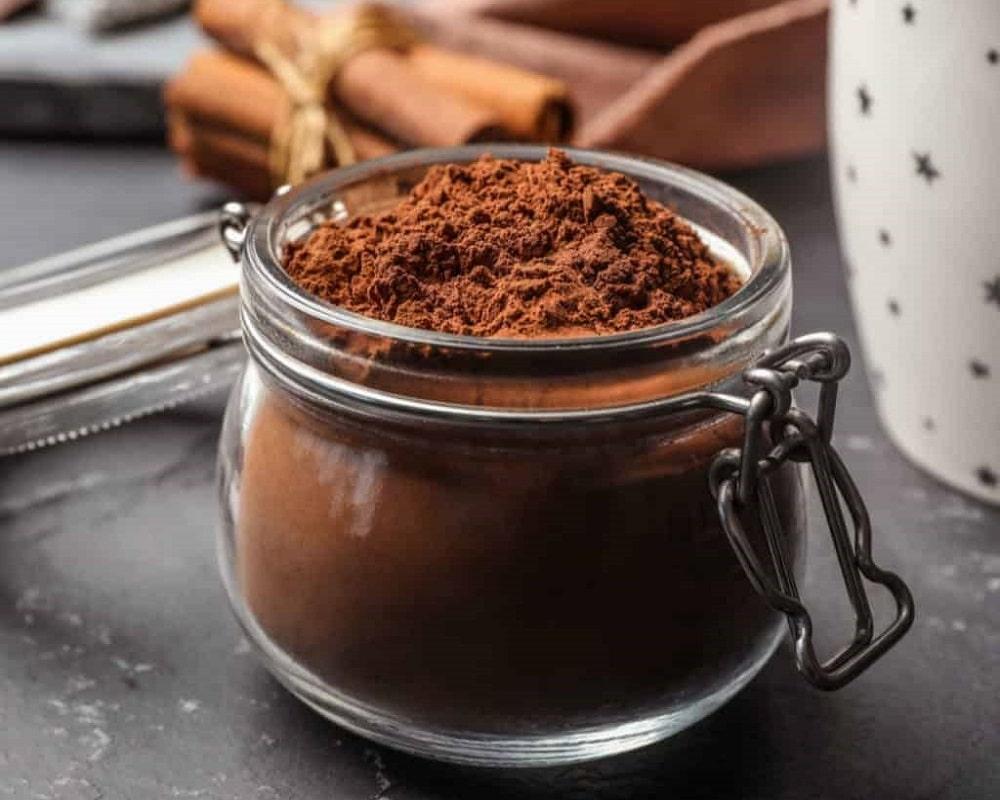 پودر کاکائو و دارچین
