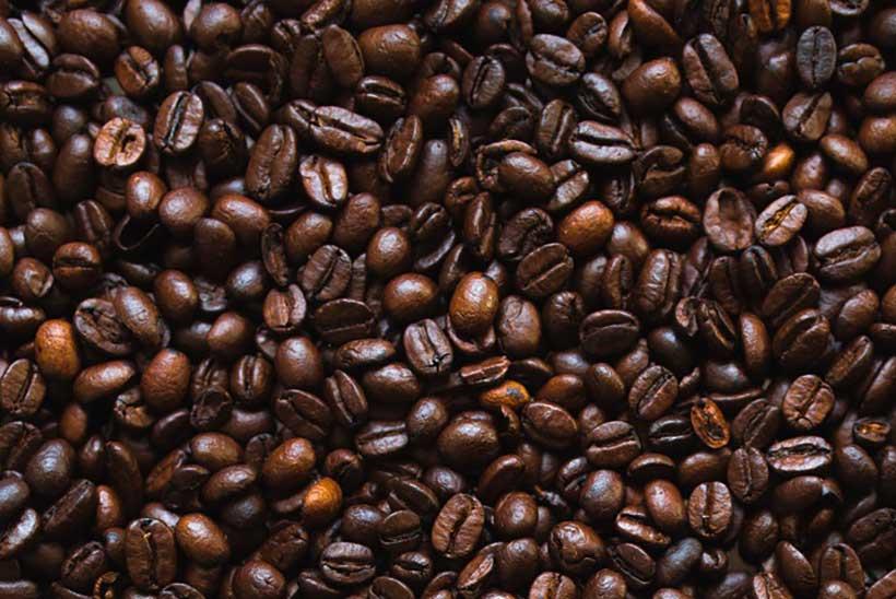 دانه های رست تیره پروفایل های رست قهوه