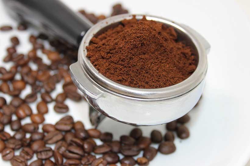 دانه های رست متوسط پروفایل های رست قهوه